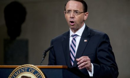 Rod Rosenstein planeó el golpe de estado de Trump, dice Judicial Watch